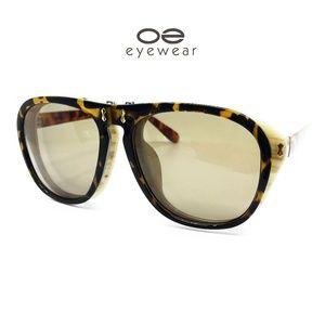 O2 Eyewear 8021 Oversized Flip Up Sunglasses